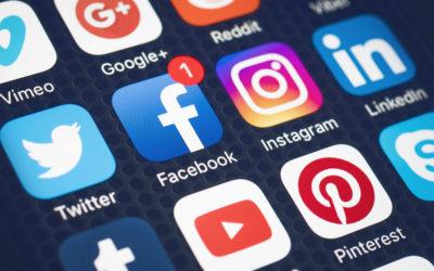 Vi og social media